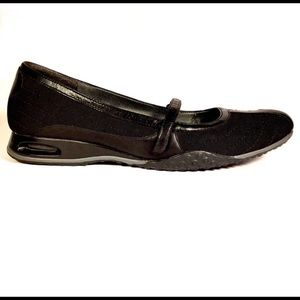 Cole Haan Nike Air black Mary Jane/ballet flats